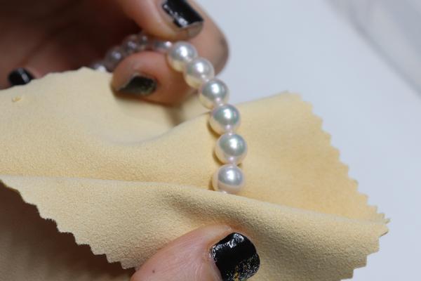 真珠の日々のお手入れ