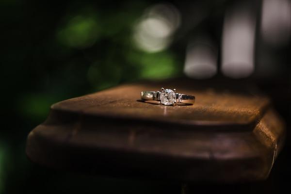 指輪のオーダーメイド|オーダーメイドのポイントや流れを徹底解説!