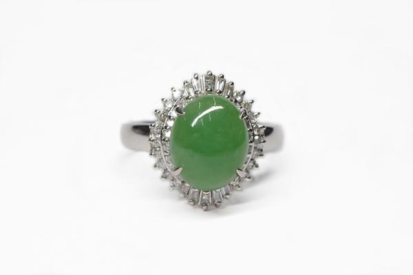 翡翠(ヒスイ)のリフォーム|指輪やネックレスにしてパワーを活力に!