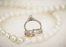 真珠(パール)のリフォーム ロマンチックな美しい輝きを再び!