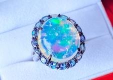 オパールのリフォーム 指輪やネックレスから様々なアイテムに変身!