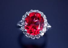 ルビーのリフォーム 指輪やネックレスにして情熱的な輝きを!