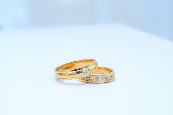結婚指輪がゆるい・きつい|サイズ選びのポイントや直しかたを紹介